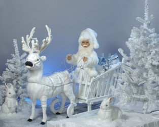 Reindeer With Santa In Sleigh <span>H 5 x W 7</span>